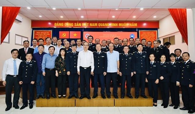 Bí thư Thành ủy Nguyễn Thiện Nhân khen ngợi Đề án tạo thuận lợi thương mại của Cục Hải quan TP.HCM. 1
