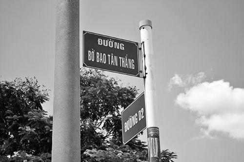 Không hiểu sao những tên đường, tên cầu này tồn tại 28