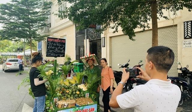 Chiếc xe bán trái cây miệt vườn độc nhất vô nhị Việt Nam 1