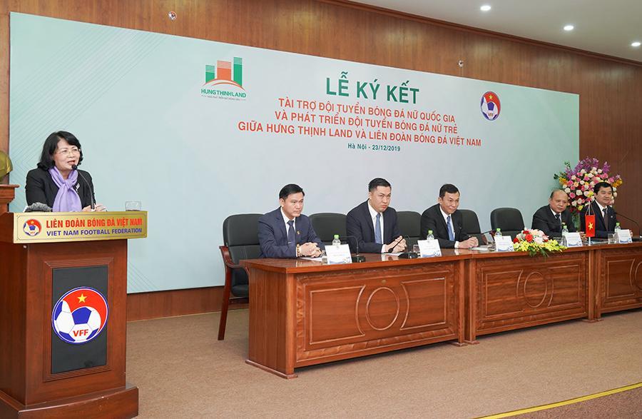 Hưng Thịnh Land tài trợ 100 tỷ đồng cho Đội tuyển bóng đá nữ Quốc gia và Phát triển Đội tuyển nữ trẻ hướng đến World Cup 3