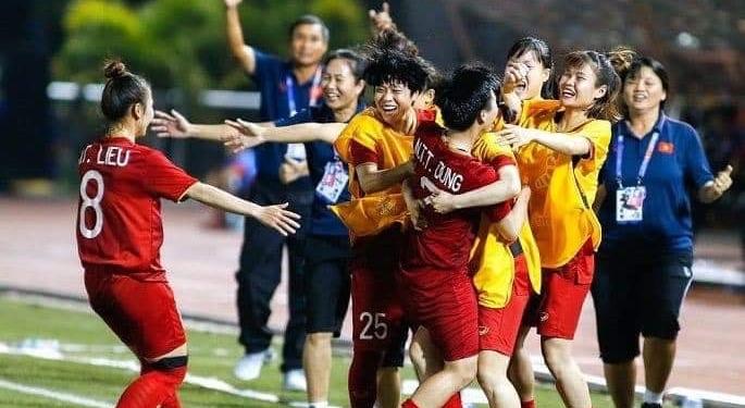 Hưng Thịnh thưởng tuyển bóng đá nữ Việt Nam 1 tỷ đồng 1
