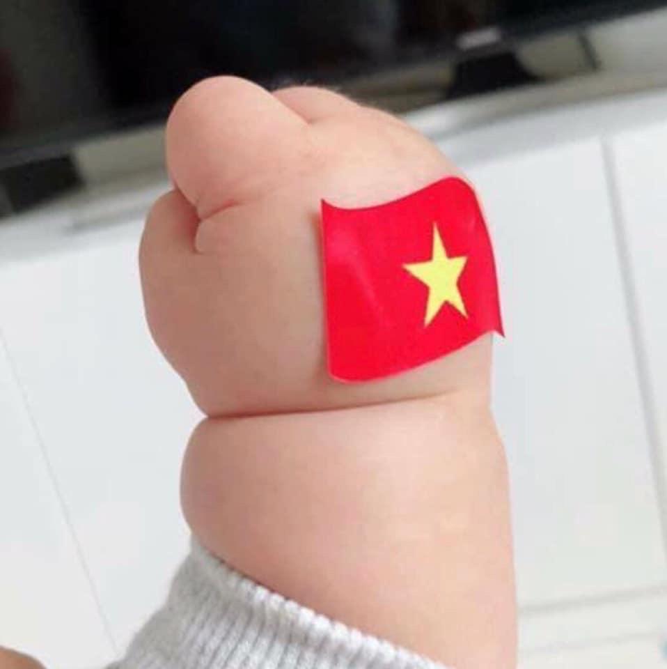 Hưng Thịnh thưởng tuyển bóng đá nữ Việt Nam 1 tỷ đồng 2
