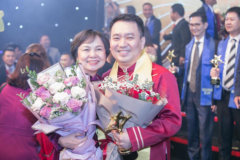 CEO PNJ Lê Trí Thông được vinh danh Top 10 Xuất sắc nhất giải thưởng Sao Đỏ năm 2019 1