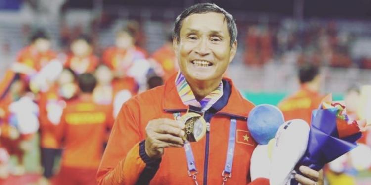 HLV Mai Đức Chung, người cha đáng kính của các tuyển thủ nữ Việt Nam 1