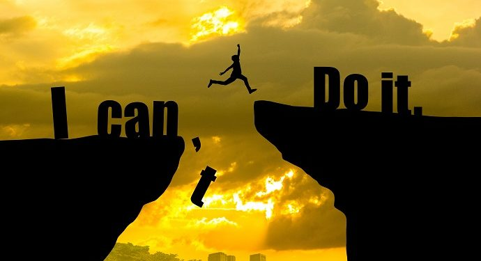 Cuộc đời này, không ai cứu bạn ngoài chính bản thân bạn, hãy mạnh mẽ và tự cứu lấy mình 3