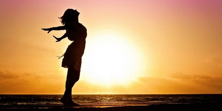 Đã làm phụ nữ nhất quyết phải mạnh mẽ khôn ngoan, đừng nên ngu muội 3
