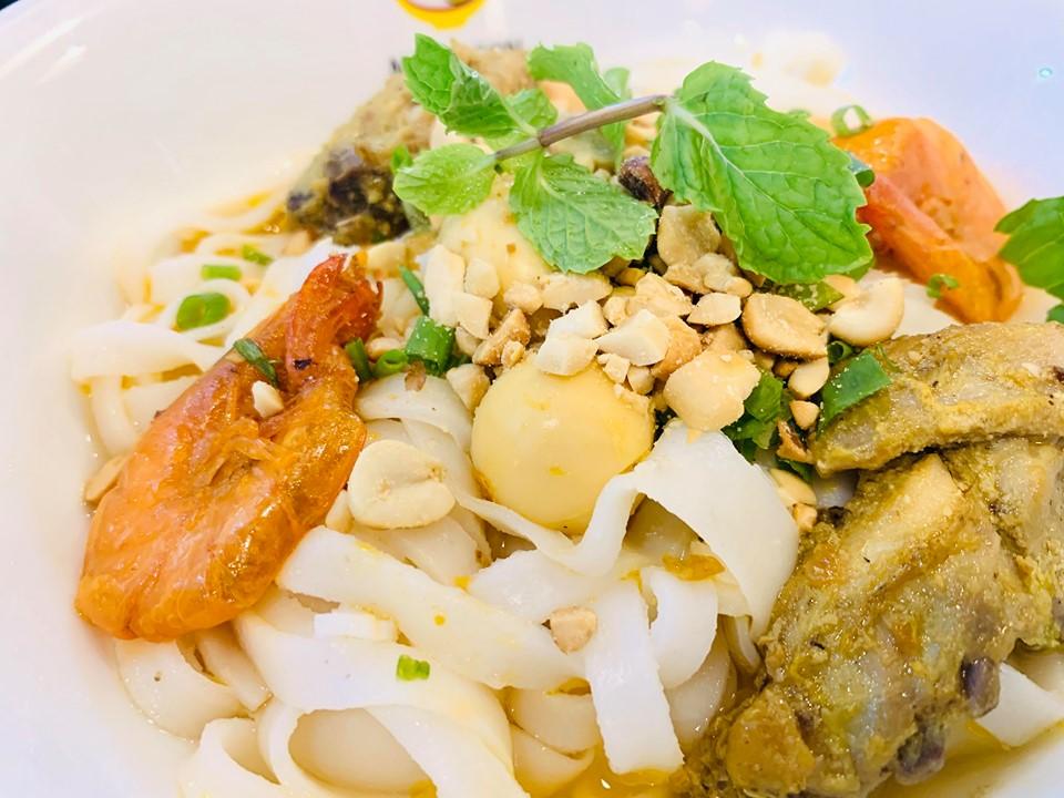 Quán ăn xứ Quảng ngon đến ngất ở Sài Gòn 2