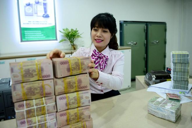 Thưởng Tết ngân hàng: Kẻ ăn không hết, người lần không ra 7