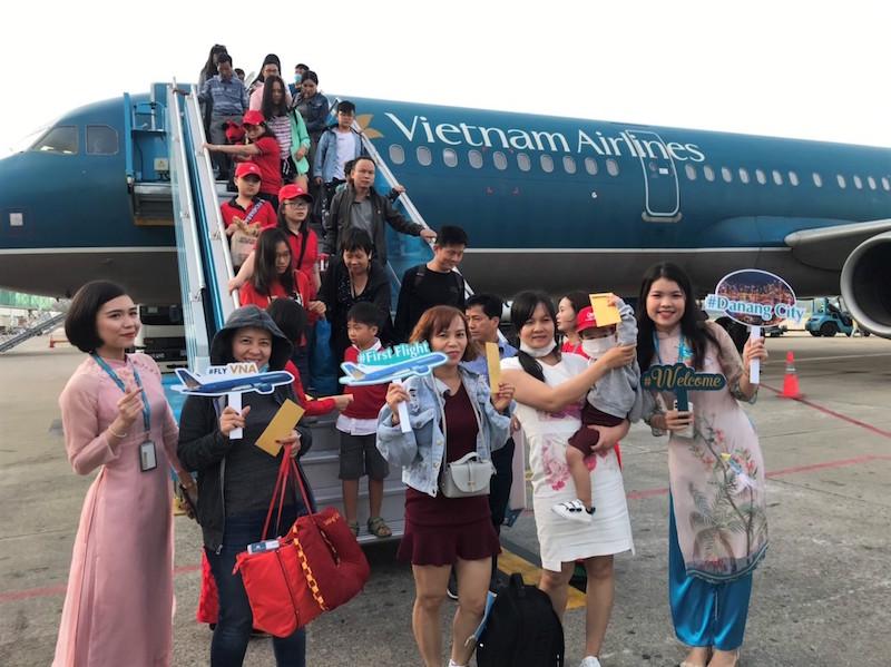 Đà Nẵng chào đón chuyến bay đầu tiên đến Đà Nẵng trong năm Canh Tý 2020 7