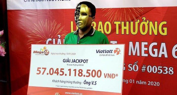 Tài xế GrabBike trúng Jackpot hơn 57 tỷ nhưng ngày đêm vẫn chạy xe ôm công nghệ 1