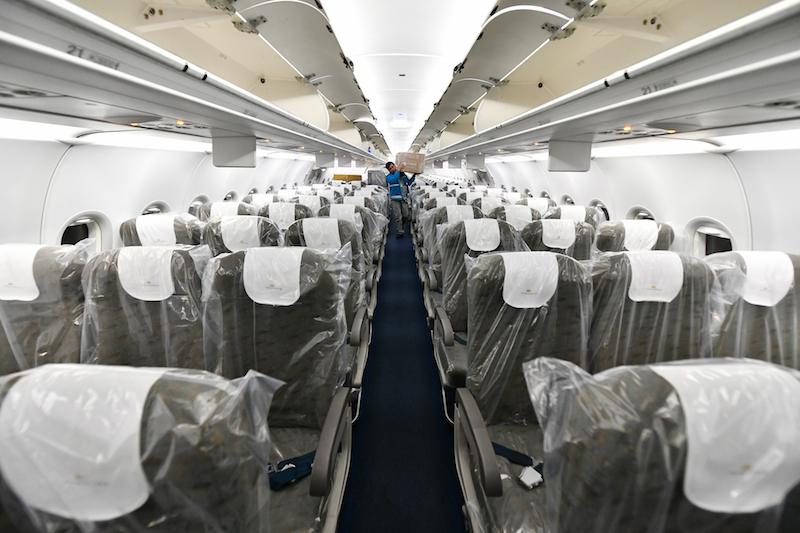 Cận cảnhchuyến bay đưa công dân Việt Nam từ Vũ Hán về nước 13