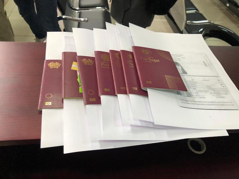 """Xuất hiện đại gia hỗ trợ thúc đẩy cấp visa cho đoàn tình nguyện Bồ Đào Nha bay từ Việt Nam đến Vũ Hán """"giải cứu"""" công dân Châu Âu 15"""
