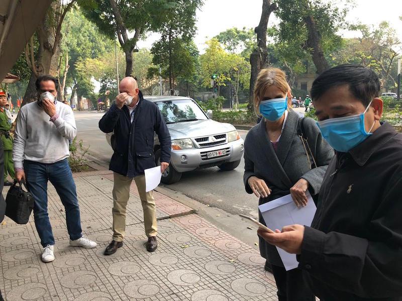 Sài Gòn Group Visa (SGV), tưng bừng khai trương phòng vé máy bay cấp 1 3