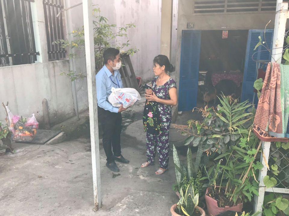 Thiên Hòa mua hàng tấn dưa hấu của nông dân tặng cho nhân viên và đối tác 44
