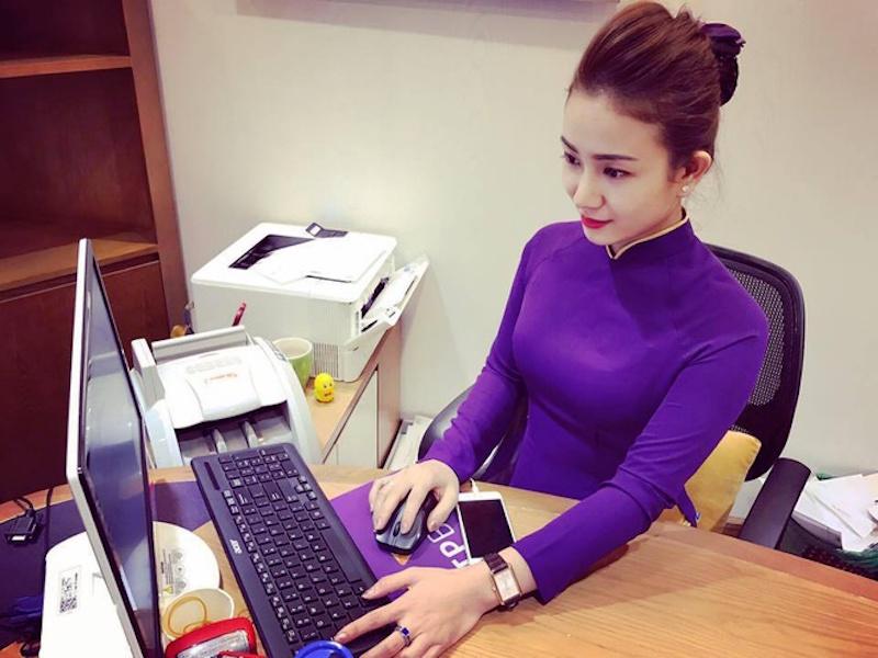 Đọ nhan sắc, phong cách thời trang công sở của nhân viên các ngân hàng 14