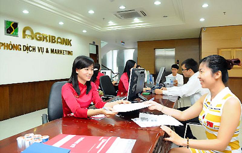 phong cách thời trang công sở, nhân viên ngân hàng, thời trang nhân viên ngân hàng,