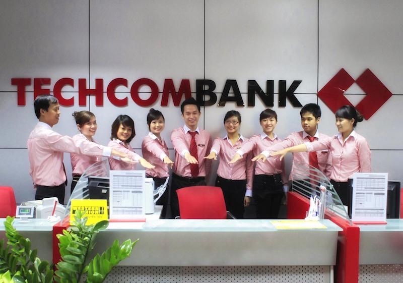 """Giám đốc Điều hành Techcombank: """"Chúng tôi chân thành xin lỗi khách hàng!"""" 3"""