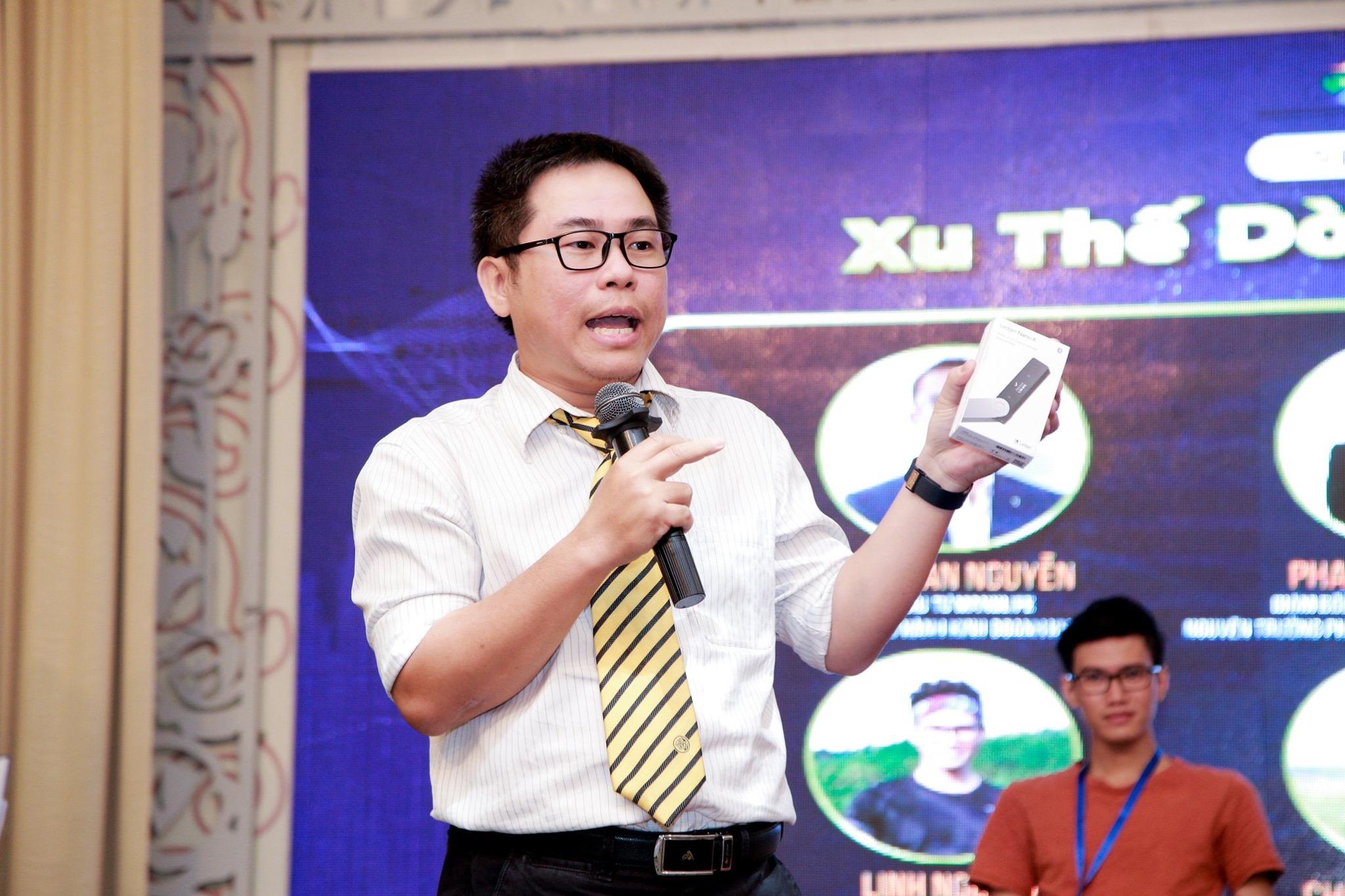 Chuyên gia Phan Dũng Khánh: Đừng coi chứng khoán là trò đỏ - đen 10