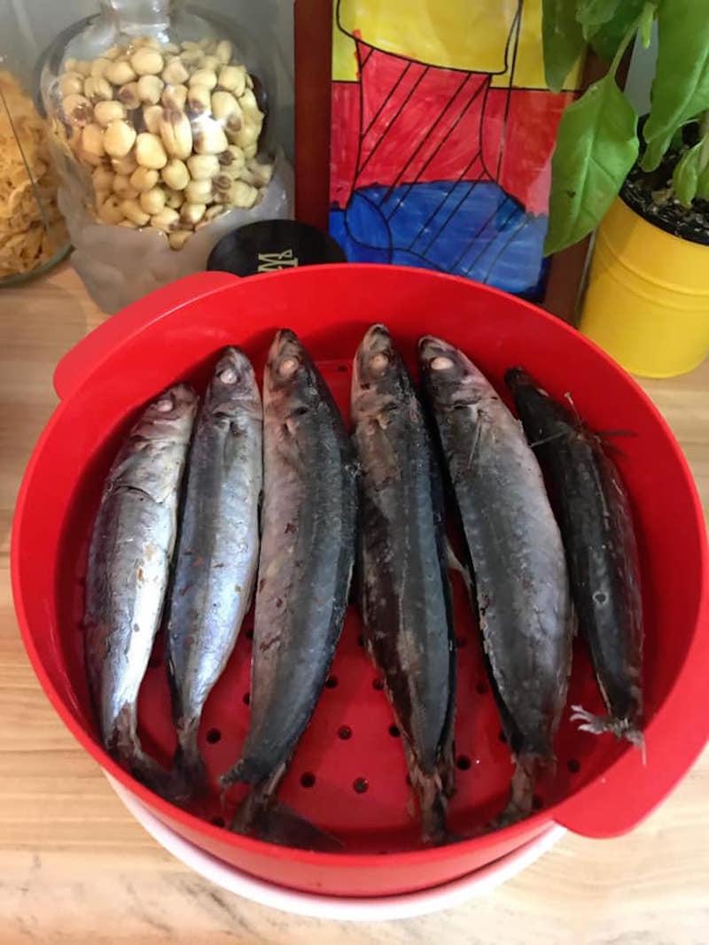 """Vào bếp với """"nữ hoàng truyền thông"""" Nguyễn Phạm Khánh Vân: Tha hồ ăn cá hấp! 4"""