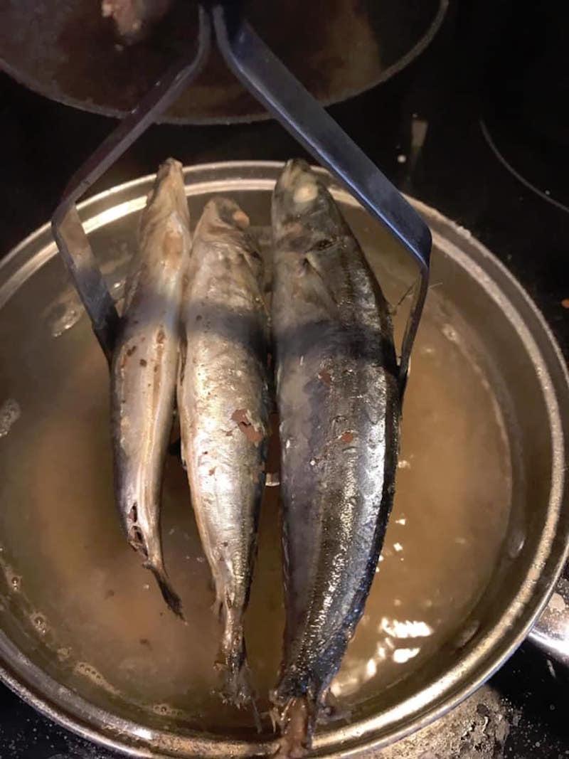 """Vào bếp với """"nữ hoàng truyền thông"""" Nguyễn Phạm Khánh Vân: Tha hồ ăn cá hấp! 3"""