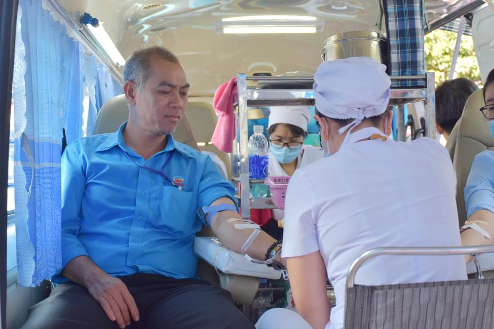 Điện máy Thiên Hòa tổ chức ngày hội hiến máu tình nguyện 17
