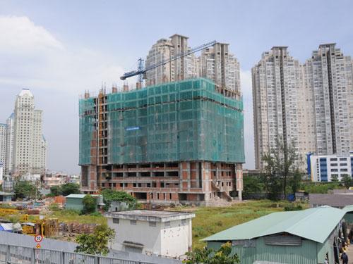 Bộ Xây dựng đang nghiên cứu đề xuất gói hỗ trợ của Nhà nước cho thị trường bất động sản đang gặp nhiều khó khăn.