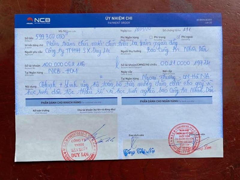 Con gái Duy Lợi tặng toàn bộ tiền mừng cưới cho học sinh dân tộc thiểu số 6