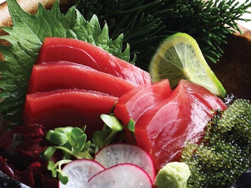 Những lát cá ngừ tại Hokkaido Sachi có đủ 3 phần.