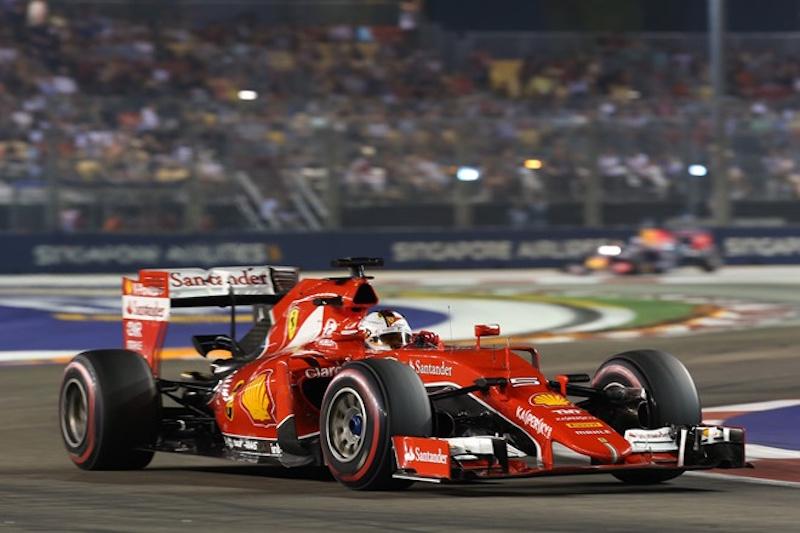 Hoãn hay tiếp tục chặng đua F1 Hà Nội?