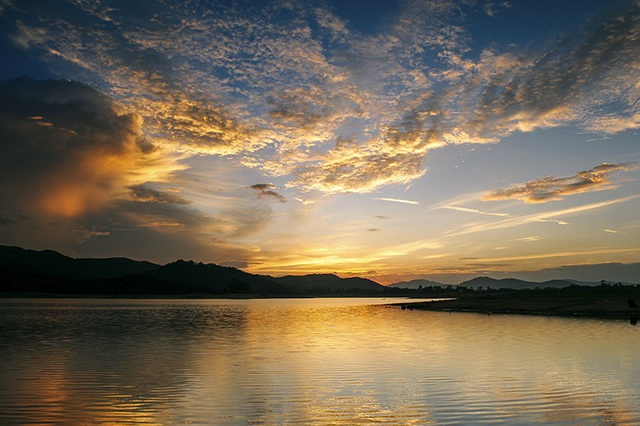 """Hồ Phú Ninh - """"Hạ Long thu nhỏ'' đẹp ngất ngây ở Quảng Nam 12"""