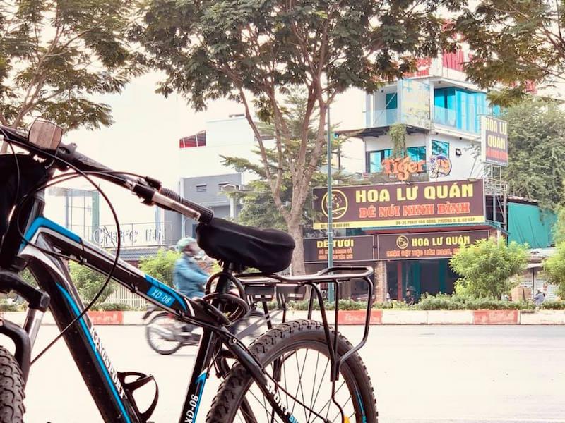 """Đường Phạm Văn Đồng: """"Đại lộ ẩm thực"""" giữa lòng Sài Gòn 10"""