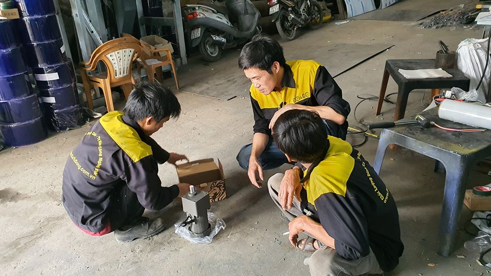 Thêm một đơn vị tuyên bố tài trợ 11 máy phát gạo tự động Aloda 13