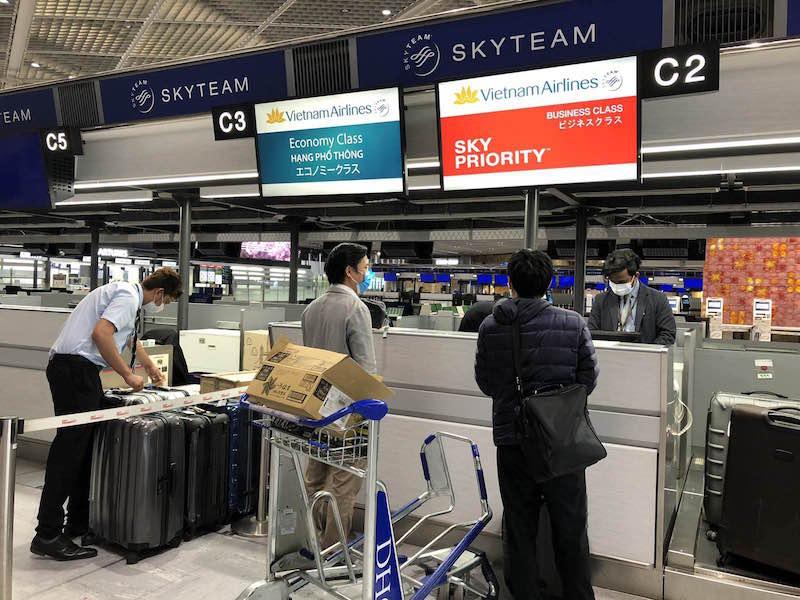 Bên trong chuyến bay chở công dân Việt Nam tại Nhật Bản về nước 3