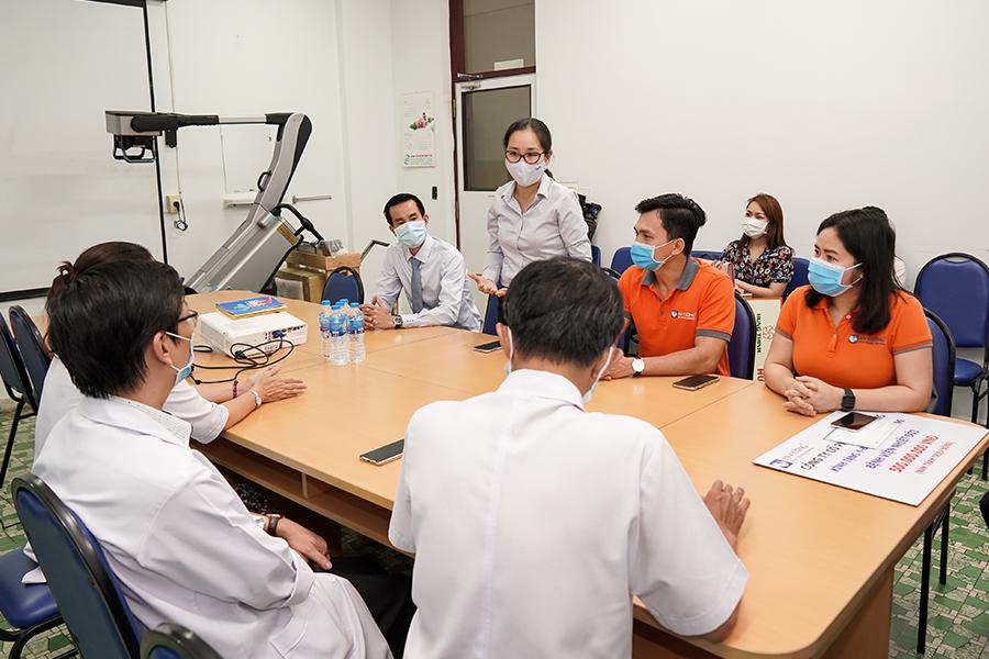 Tập đoàn Hưng Thịnh trao tặng máy X-Quang trị giá 2,8 tỷ đồng cho Bệnh viện Bệnh Nhiệt đới TP.HCM 5