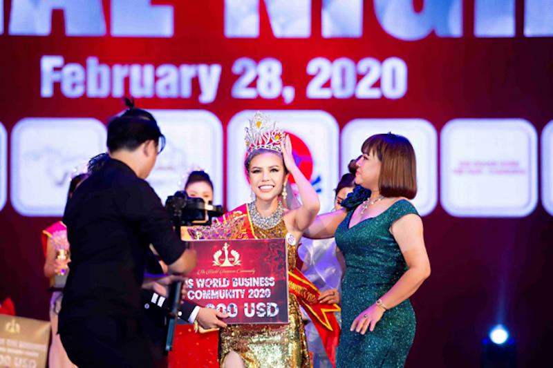 Hoa hậu KimMy Bùi và nghĩa cử cao đẹp giữa mùa dịch 2