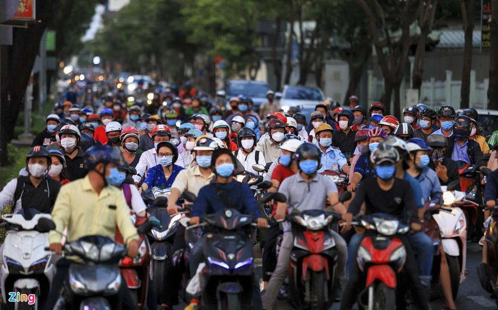 """Đường phố Sài Gòn dường như đang dần trở về đúng """"bản chất"""" trong thời gian cách ly toàn xã hội 49"""