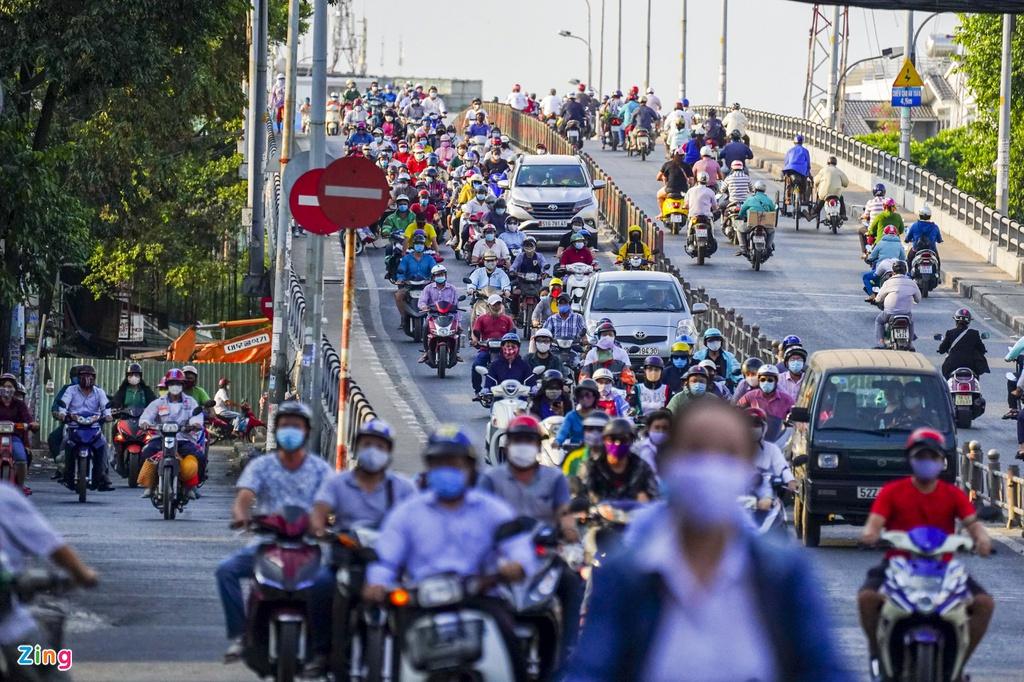 """Đường phố Sài Gòn dường như đang dần trở về đúng """"bản chất"""" trong thời gian cách ly toàn xã hội 47"""