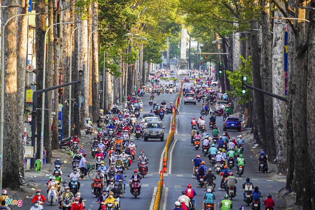 """Đường phố Sài Gòn dường như đang dần trở về đúng """"bản chất"""" trong thời gian cách ly toàn xã hội 41"""