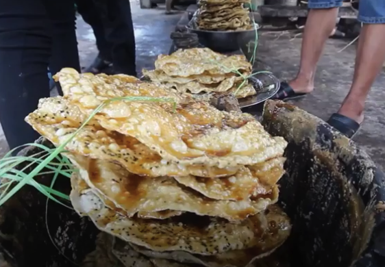 Bánh tráng nhúng đường tại Quảng Nam: Ngọt ngào nhưng cũng nhiều thăng trầm 8