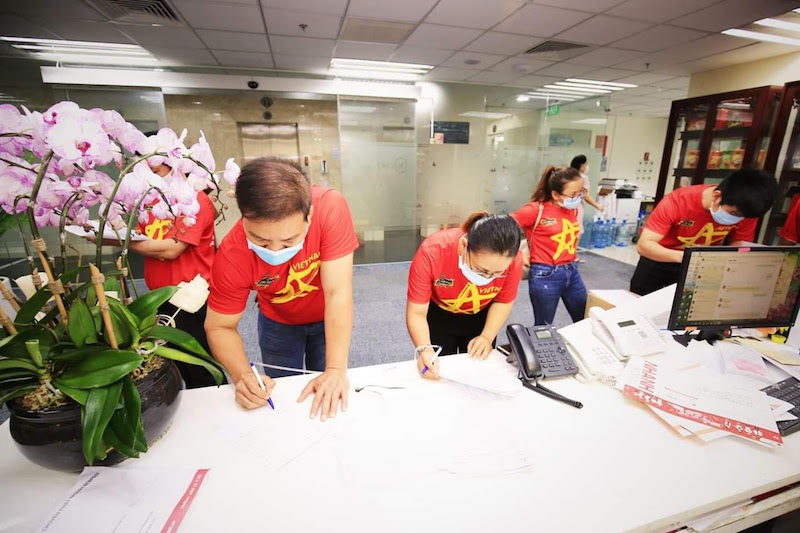 Hiến máu nhân đạo giữa mùa dịch bệnh, hành động cao đẹp của CEO Lê Hoàng Diệp Thảo 8