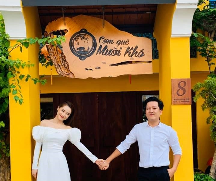 """Cùng """"nữ hoàng truyền thông"""" Nguyễn Phạm Khánh Vân bàn về chuyện món ăn vùng miền 8"""