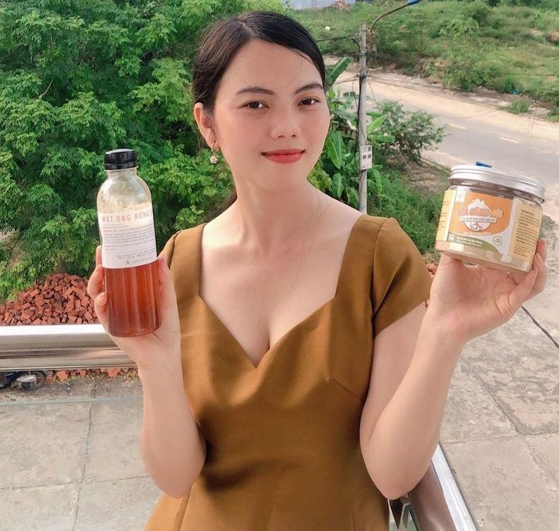 Minh Nga, cô gái từ bỏ Sài Gòn hoa lệ về huyện miền núi bán nông sản rừng BHNong 1