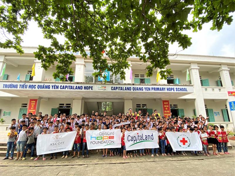 CapitaLand tặng bộ chăm sóc sức khỏe phòng chống COVID-19 cho hơn 1,400 em học sinh 1