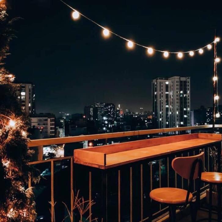 Thưởng thức Café Rooftop ngắm Sài Gòn đẹp lung linh chỉ với 18 ngàn 2