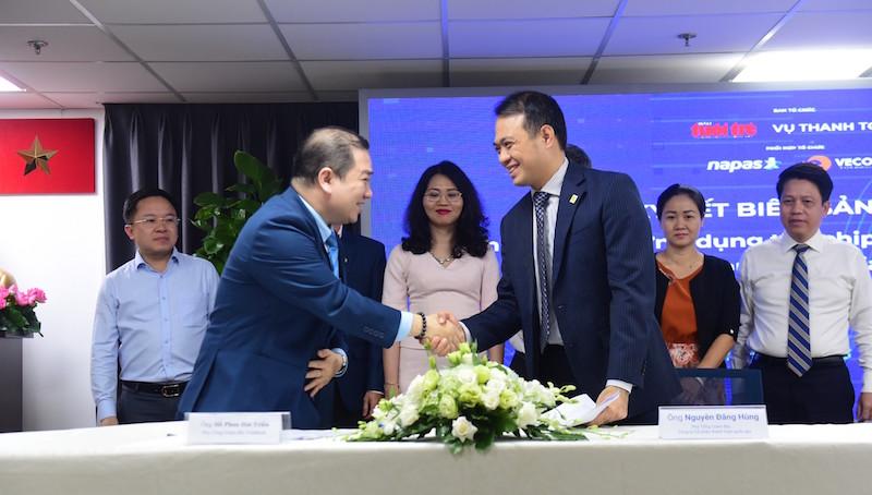 Vietbank và Napas ký thỏa thuận hợp tác thanh toán giao thông không tiếp xúc
