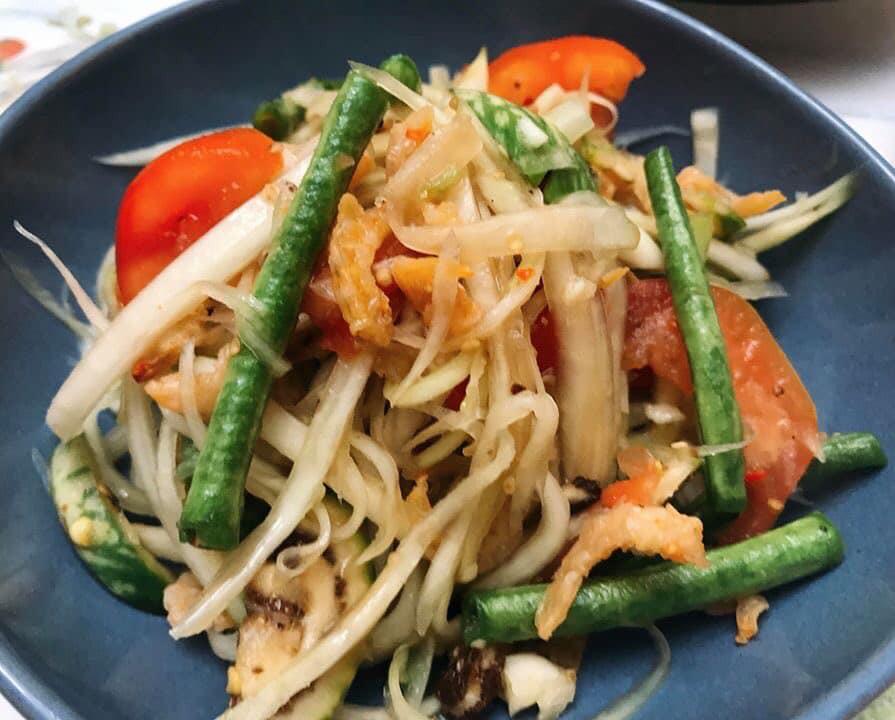 """Vào bếp cùng """"nữ hoàng truyền thông"""" Nguyễn Phạm Khánh Vân: Chuyện trái đu đủ 2"""