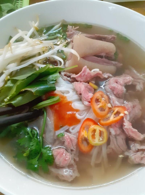 Phở đuôi bò ngon nhất Sài Gòn