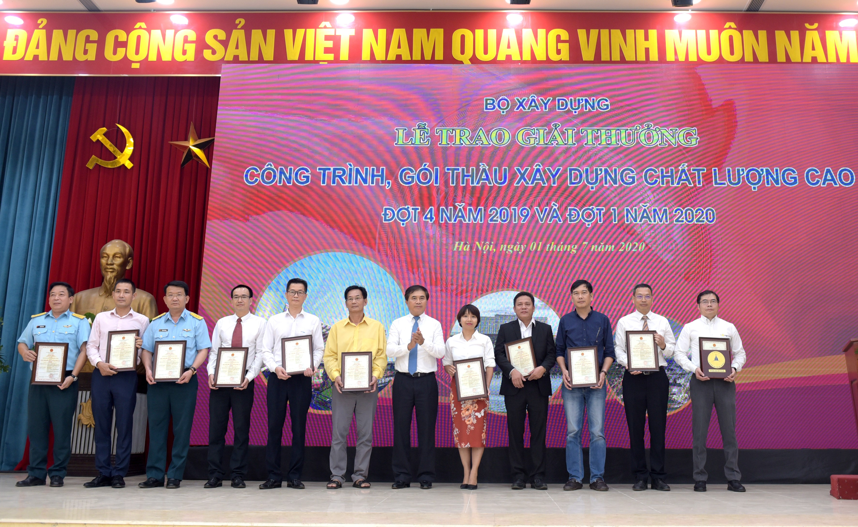 Sân bay quốc tế Vân Đồn được trao giải thưởng Công trình chất lượng cao 1