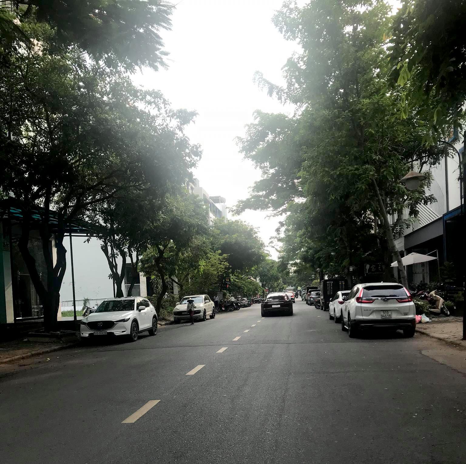Nhiều mặt bằng bị trả lại ở khu phố người Hàn tại Phú Mỹ Hưng 8