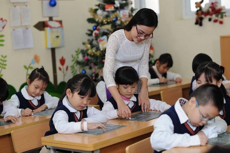 Con trẻ không chỉ cần trường học! 1